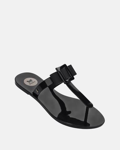 Čierne papuče Zaxy